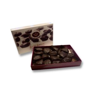 Saldainių dėžutė slyvos šokolade 235 g